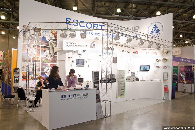 "Стенд ""Escort Group"""